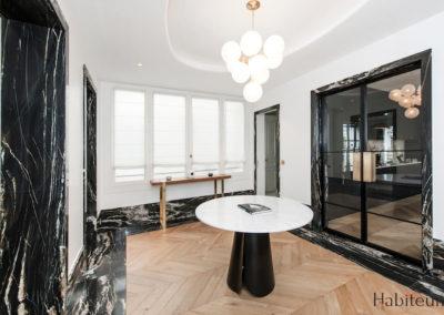 Hall 27 rue Marbeuf