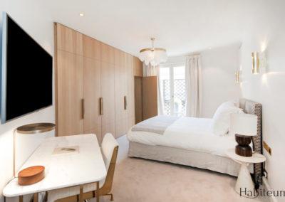 bedroom 27 rue Marbeuf